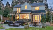 Yarrow Point Residence Offers Timeless Design and Gracious Comfort