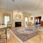 Home of the Day: Elegant Gilliams Road Estate