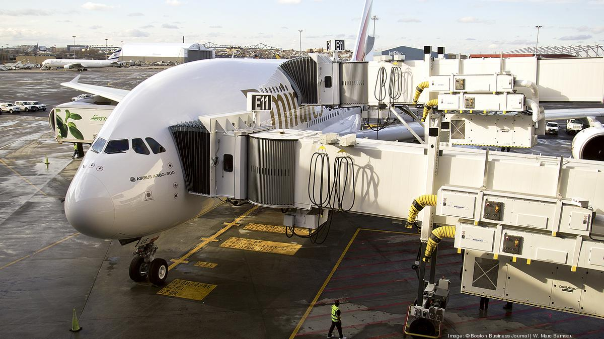 Inside The Airbus A380 The World39s Largest Passenger Jet That39s Flyi