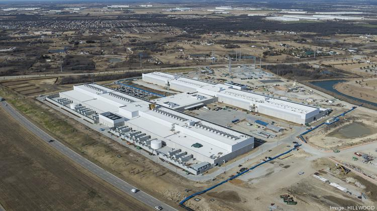 Facebook's $1 billion data center campus in AllianceTexas has been completed.