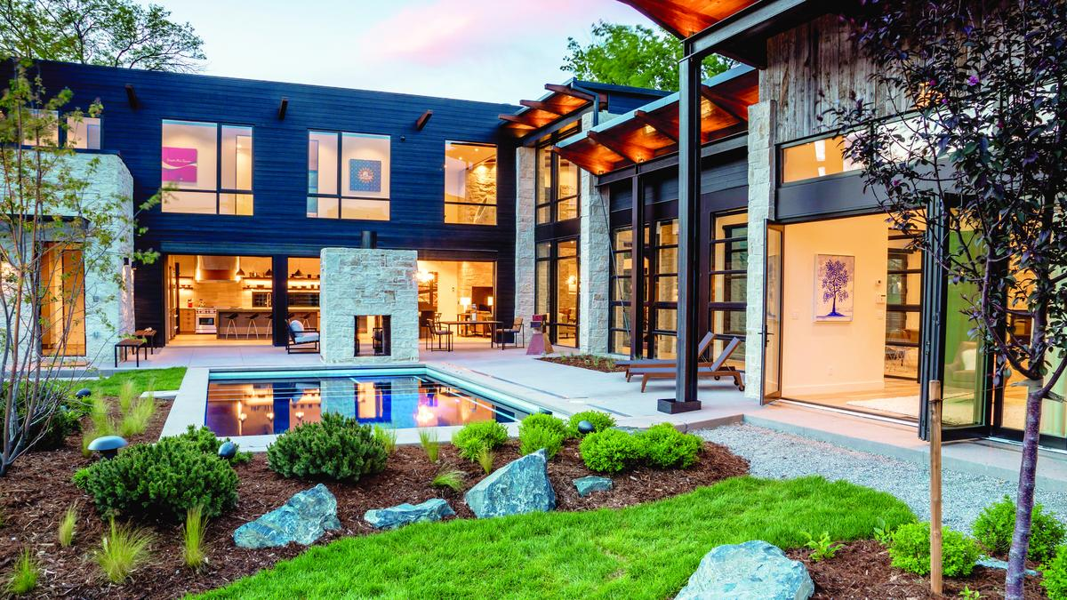 Metro Denver S Luxury Home Market Fresh Off Another Strong Year Denver Business Journal
