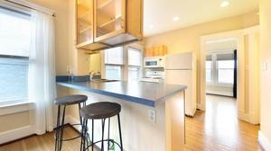 Charming Park Side Highlands' Condo--Walk to Bardstown Road's Many Amenities