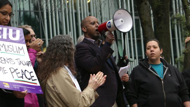 Image result for #NoBanNoWall rally attracts hundreds in downtown Portland (Photos)