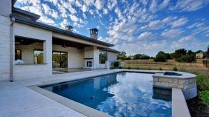 Stunning Retreat Style Living
