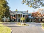Home of the Day: Immerse Yourself in Beauty and Charm