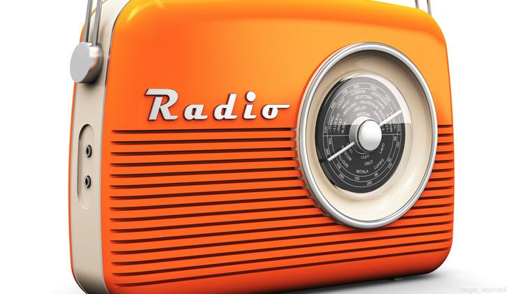 Alvorlig Denver radio station owner Entercom to take over CBS Radio CI08