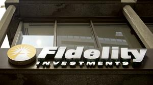 Fidelity, in cost-cutting mode, to offer buyouts to employees