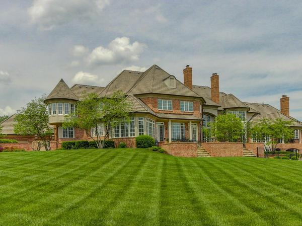Home of the Day: Exquisite, Custom Estate In Hallbrook