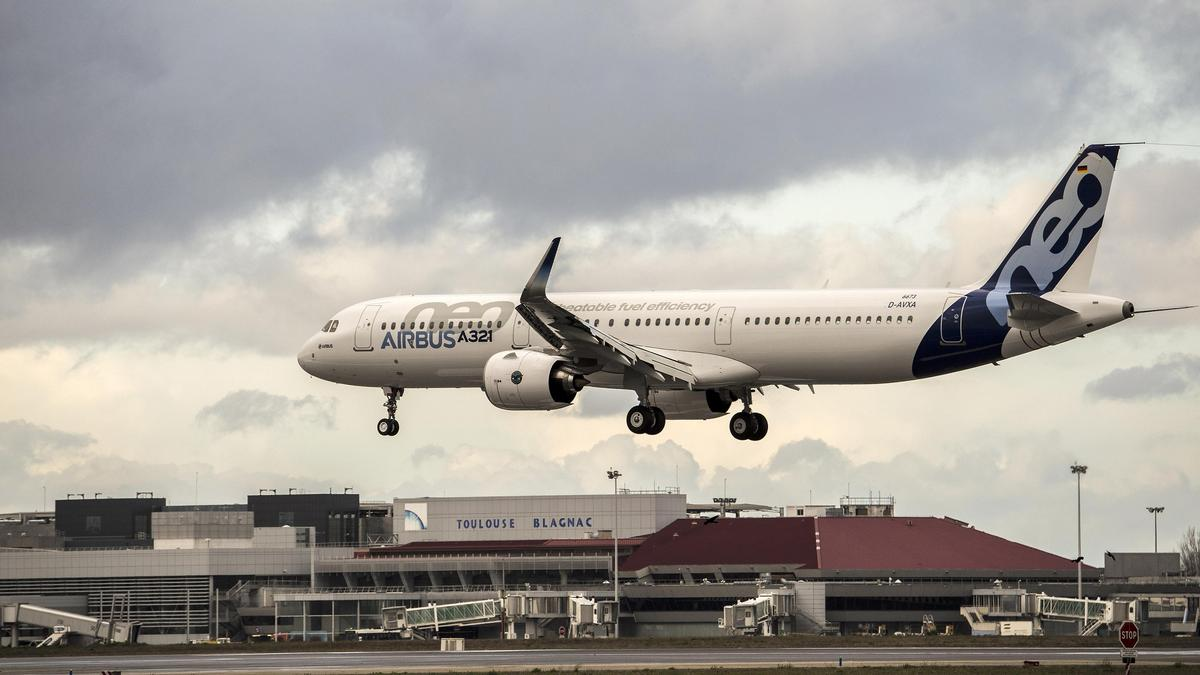 alaska airline corporate culture As alaska air cuts costs, employee discontent grows and passenger loyalty  an alaska airlines jet taxis past others as it heads toward the gate at seattle-  are indicative of the airline's open communication culture, he said.