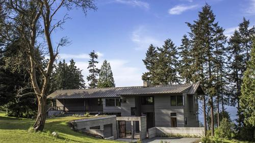Architectural Masterpiece in Langley