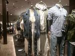 Abercrombie & Fitch executive chairman stepping down