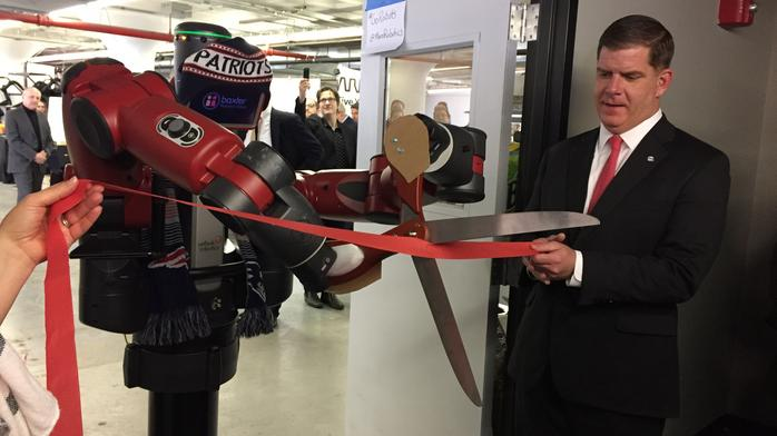 Robots upstaged the humans at MassRobotics' workspace opening