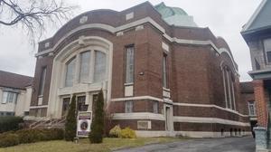 Richmond Avenue temple up for sale