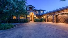 Seamless Indoor/Outdoor Living in Spanish Oaks