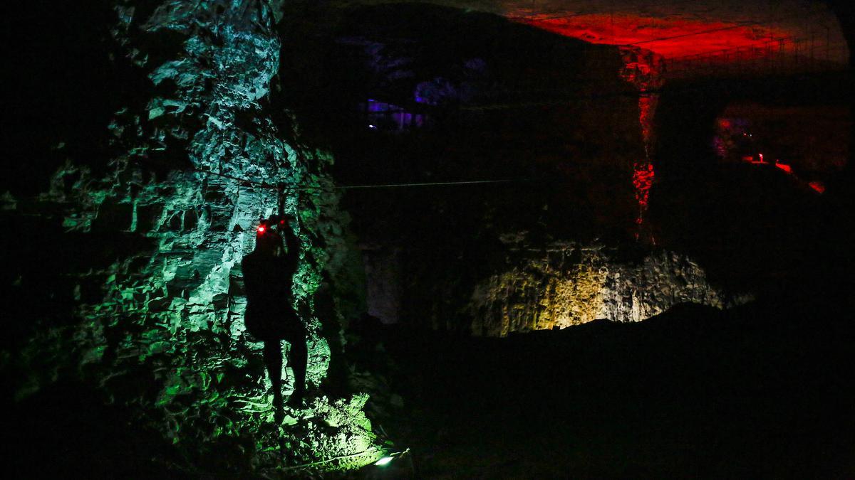 mega cavern closes after tennessee earthquake