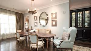 Exquisite Condo in Cotswold Designed by a Noted ASID Designer!