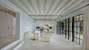 Fashion icon Calvin Klein sells Miami Beach mansion (Photos)