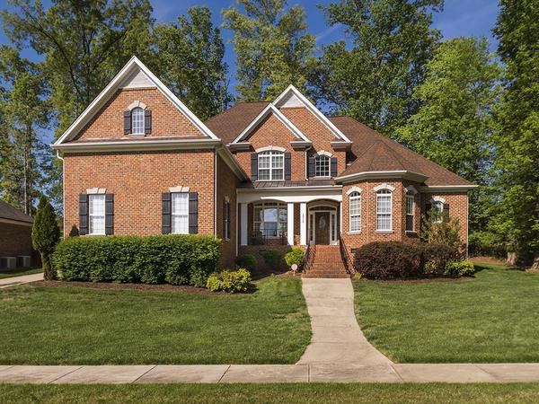 Home of the Day: Custom Beauty with all the Bells & Whistles