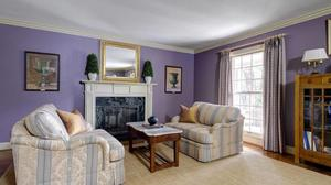 4-5 Bedrooms, 4 1/2 Bath Indian Hills' Home Lives Large!