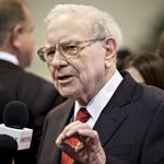 <strong>Buffett</strong> loudly slams hedge funds, mum on successor in annual letter
