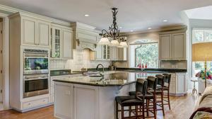 Sophisticated, Custom Ladue Home on Private Cul-De-Sac