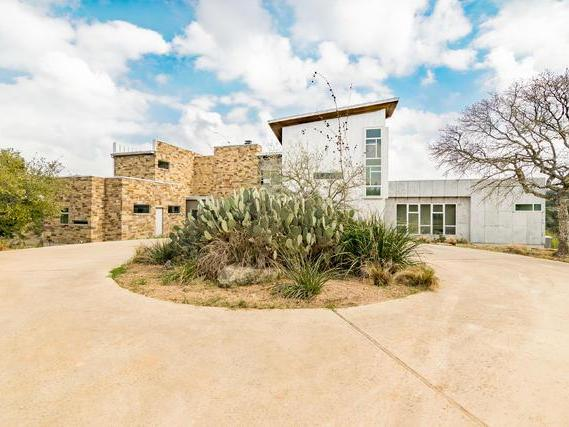 One Of A Kind Retreat in Dripping Springs