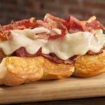 Restaurant Roundup: Gourmet hot dog restaurant hauling buns to Richardson