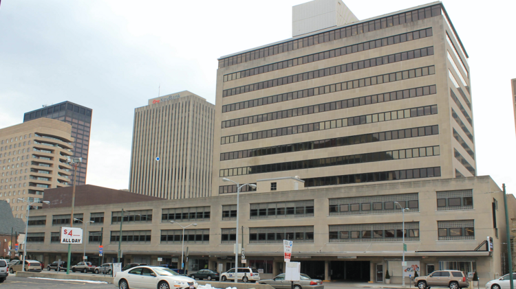New Tenant Looking At Former Home Of Downtown Dayton S J