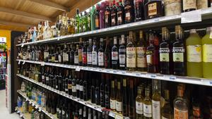 Wal-Mart backed effort to push liquor in Florida supermarkets may be doomed for a fourth failure