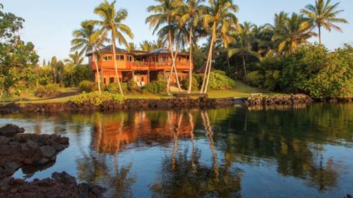 Kapoho Bay Oceanfront Hawaiian Sanctuary