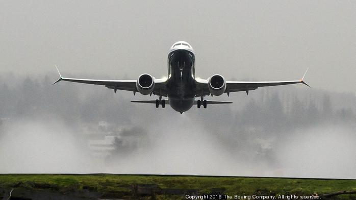 Study shows more flights land in – rather than flying over – Texas