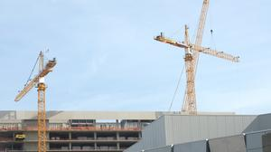 Second hotel tower crane coming down this weekend