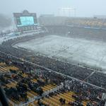 Minnesota United plays first home game in snowy conditions (slideshow)