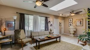 Charming Arcadia Ranch Perfect for Entertaining