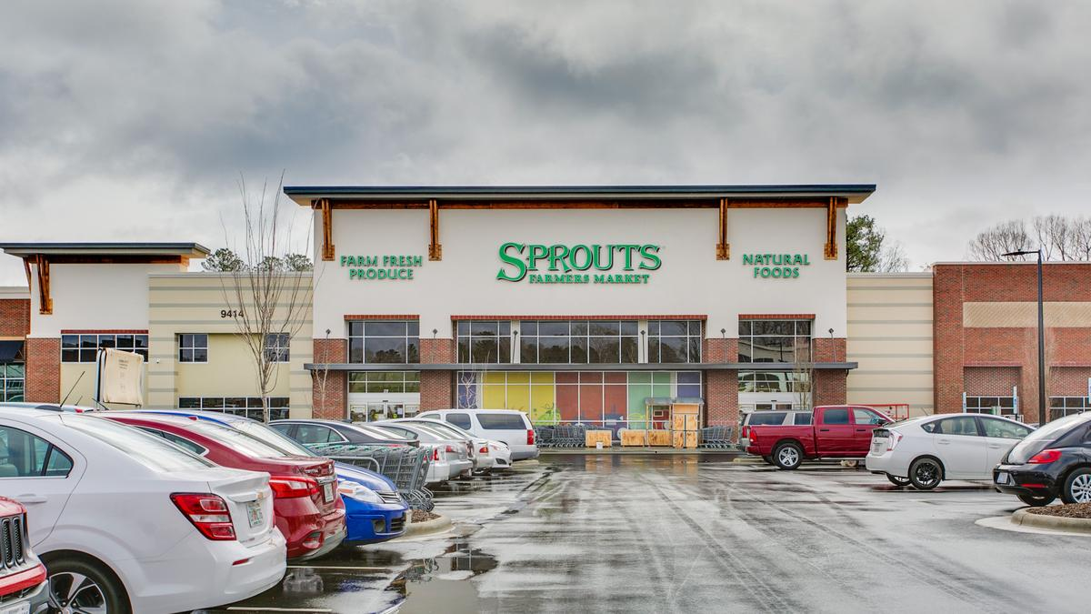 Sprouts farmers market nasdaq sfm opens first north for Fish market greensboro nc