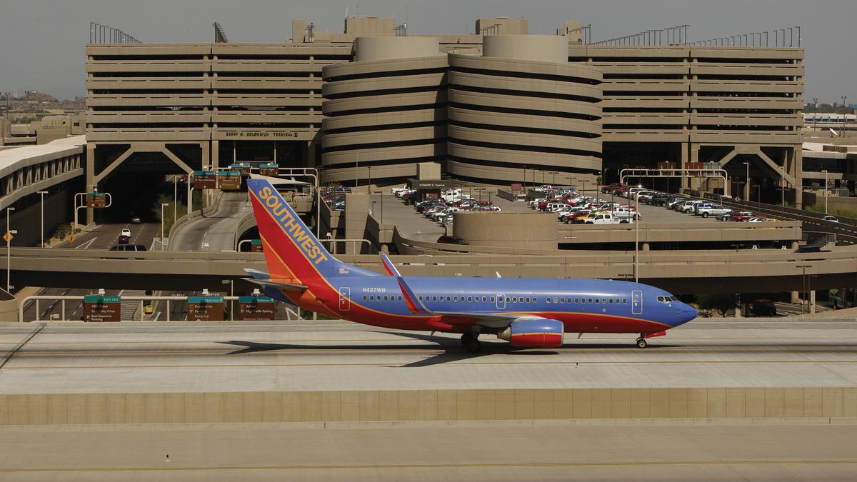 Southwest S Nonstop Service From Phoenix To Laguardia