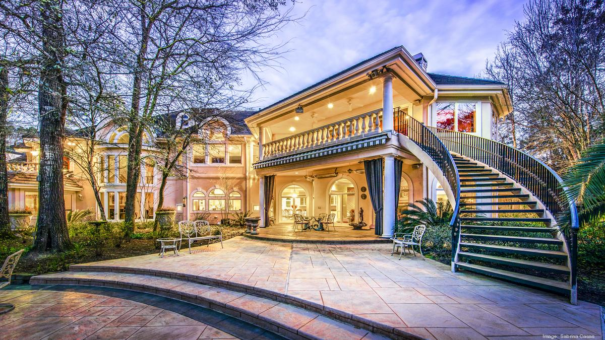 Platinum Luxury Auctions To Auction Houston Attorney Nelda Luce