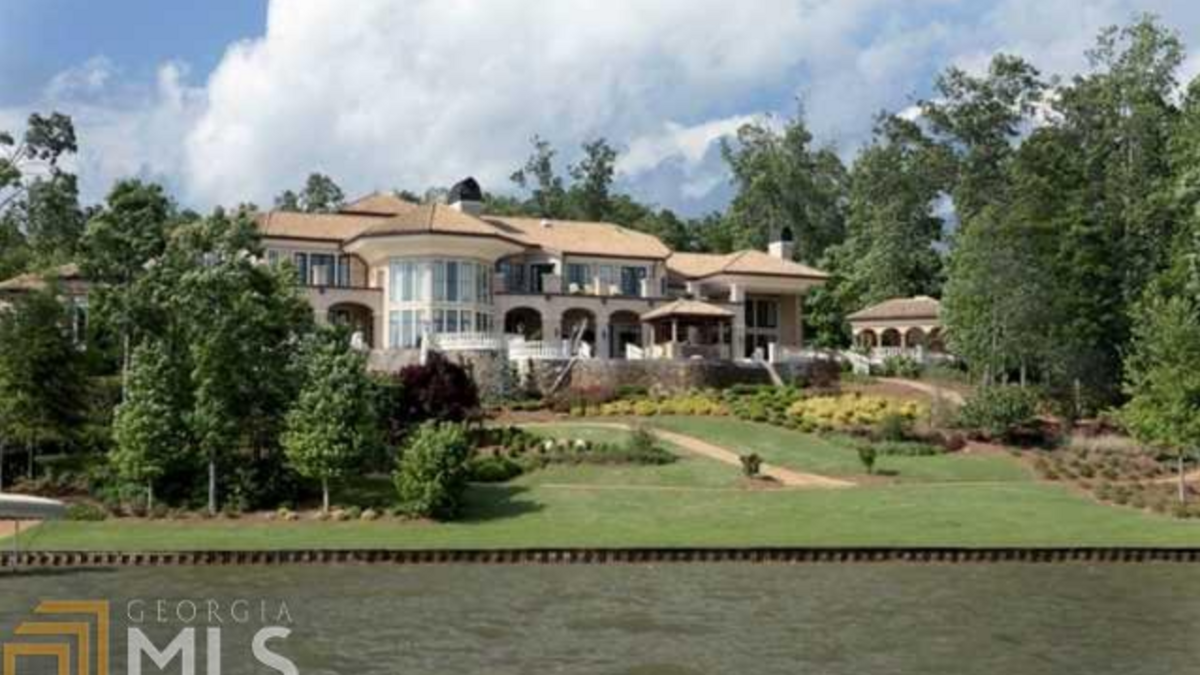 Georgia s 10 most expensive lake homes for sale slideshow for House builders in georgia