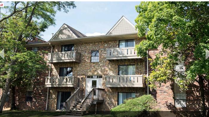 Huge Louisville apartment complex sells as part of $74 million portfolio deal