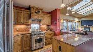 Exquisite, Turn-key Urban Cottage with A+ Walkability