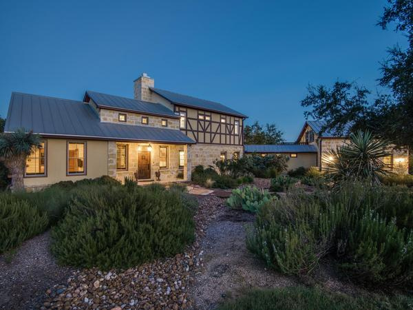 Home of the Day: Exceptional Private Home with Picturesque Surroundings