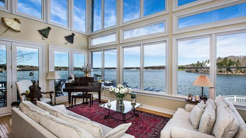 Amazing Main Channel Waterfront Home on Lake Wylie