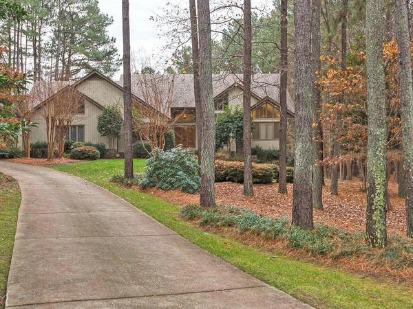 Custom Designed Home by Thomas Gibson Homes