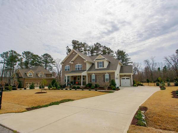 Stunning Home in High Grove