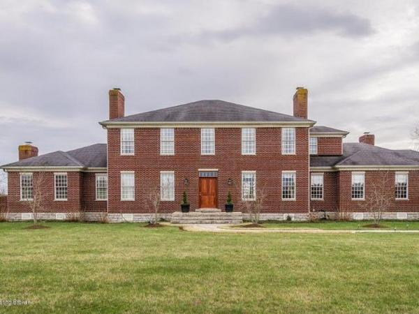 Georgian Masterpiece sits on 52 acres in the heart of Shelby County Horse Country
