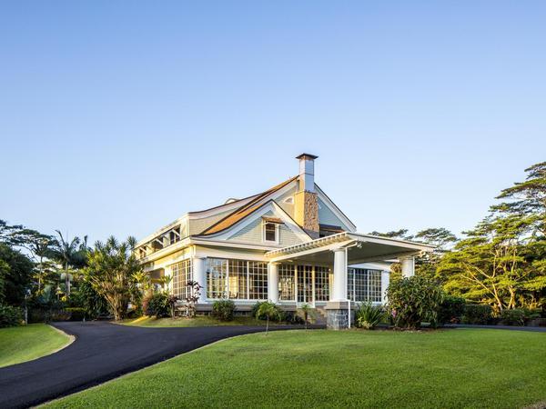 Elegant & Historic Reed's Island Estate