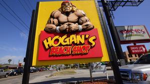 Sneak peek: Hogan's Beach Shop attracts fans, legends during grand opening preparations