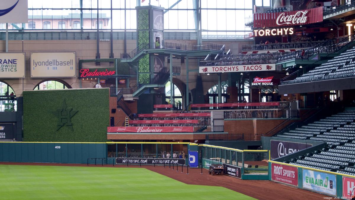 Houston Astros unveil Torchy's Tacos, Shake Shack at ...