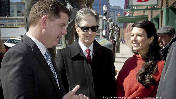 John Henry says the Globe is profitable  Linda Henry's not
