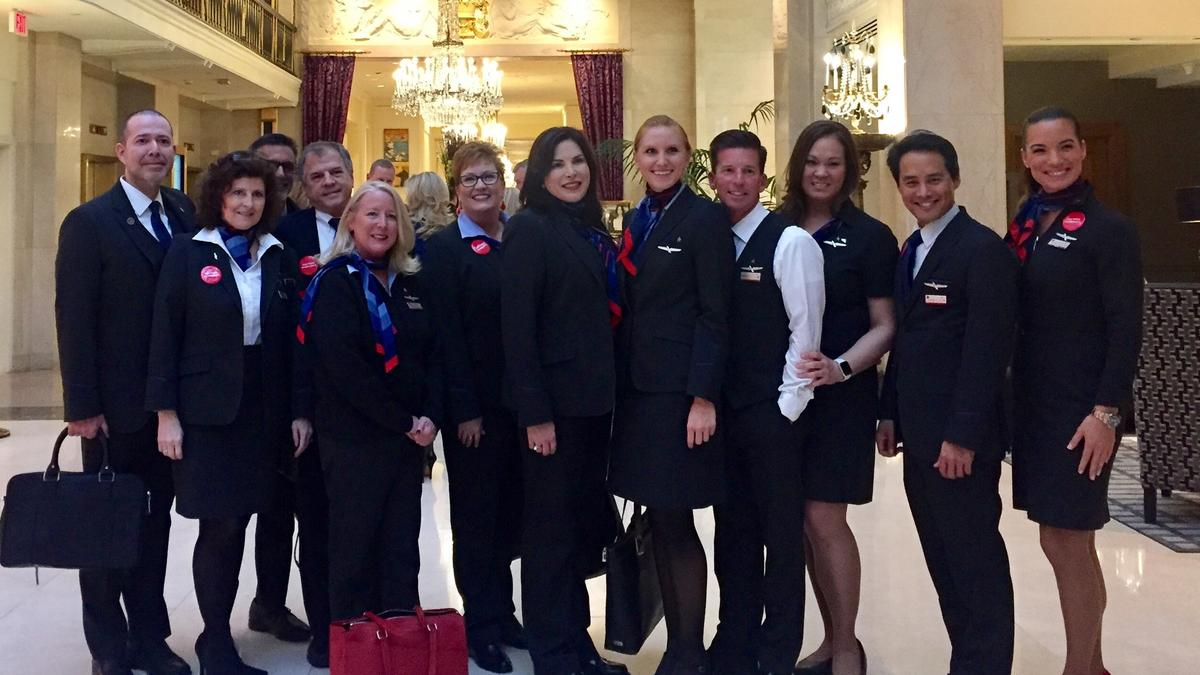American Airlines Controversial Uniforms Show Up At Swank